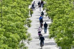 Procházka podél řeky v Kolíně nad Rýnem