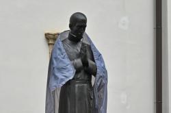 Brněnská socha jezuity Martina Středy