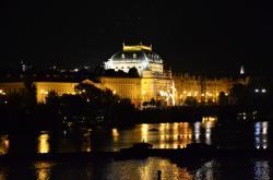 Národní divadlo v noci