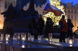 Světelný řetěz v Praze
