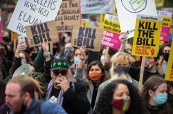 Protesty proti zákonu o policii v Londýně