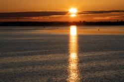Slunce nad pobřežím německého ostrova Rujana