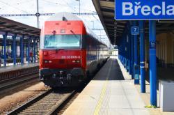 Rakouský vlak v Břeclavi