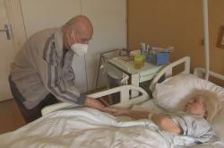 Návštěvy v nemocnicích