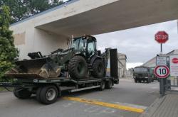 Armáda odváží z Hodonína težkou techniku, pomáhala obcím po tornádu