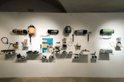 Výstava ETA - Umění (a) spotřebiče ve Východočeské galerii v Pardubicích