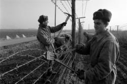 Likvidace železné opony, prosinec 1989