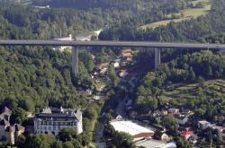 Velké Meziříčí chce na most kvůli sebevrahům nainstalovat záchytné sítě