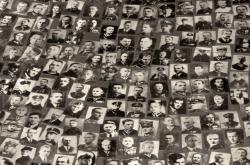 Fotografie polských obětí z Katyně