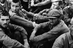 Skupina ruských zajatců
