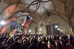 Vladislavský sál Pražského hradu, kde prezident České republiky udělil při příležitosti 28. října státní vyznamenání