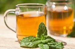 Češi vypijí čtvrtinu vyrobených čajů