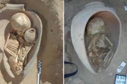Egyptský pohřeb v nádobě