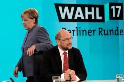 Merkelová a Schulz se střetli v povolební debatě