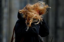 Vlající vlasy obyvatelky německého Kolína nad Rýnem
