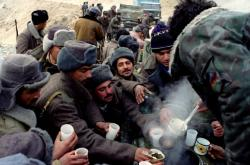 Vojáci Ázerbájdžánu v oblasti Kelbadžar v Náhorním Karabachu v lednu 1994