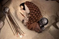 Rekonstrukce hrobu kultury zvoncovitých pohárů