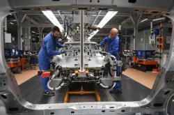 Výroba Volkswagenu ve městě Cvikau.