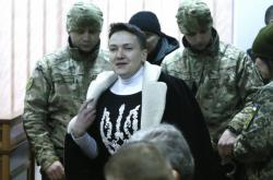 Nadija Savčenková před soudem