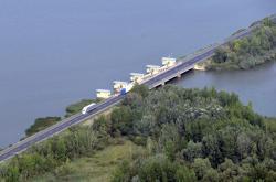 Uzavírka mostu přes Novomlýnské nádrže způsobí dopravní komplikace v regionu