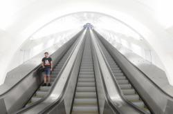 Eskalátorový tunel na Andělu po rekonstrukci