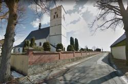 Kostel svatého Mikuláše - dominanta obce Šumvald