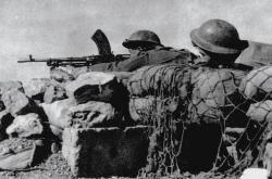 Českoslovenští vojáci u Tobruku