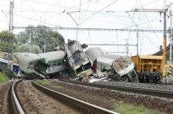 Vlakové neštěstí ve Studénce v roce 2008