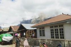 Sesuvy půdy doprovázely zemětřesení na ostrově Lombok