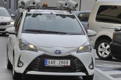 Auto osazené kamerami kontroluje parkování v Brně