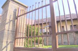 Majetkový úřad se zbavuje bezprizorních nemovitostí