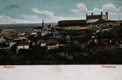 Pressburg i Pozsony na dobové pohlednici