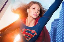 Homosexuální postava se objevuje i v seriálu Supergirl