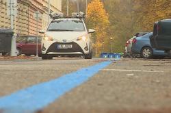 Auto s kamerami kontroluje parkování v Brně