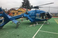 Havarovaný vrtulník na snímku Policie ČR