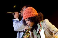 Skupina The Fugees zpívala hit Killing Me Softly with his Song