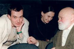 Zleva Petr Lébl, Eva Holubová a Ivan Vyskočil, Divadlo Na zábradlí, 1995