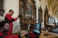 Archeologové objevili schránu s ostatky Jindřicha Libraria