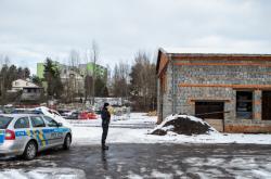 Policista u nebezpečného odpadu u Frýdku-Místku