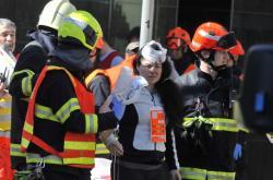 Zraněná žena při nehodě trolejbusu a tramvaje v Brně