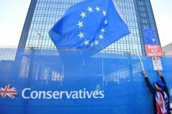 Odpůrce brexitu na konferenci konzervativců v roce 2018