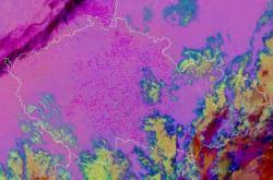 Čarodějnické ohně zachytil satelitní snímek
