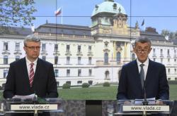 Ministr průmyslu a obchodu Karel Havlíček a premiér Andrej Babiš
