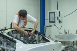 Výroba v továrně firmy Magna Exteriors