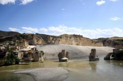 Starobylé turecké město Hasankeyf zatopí voda z přehrady