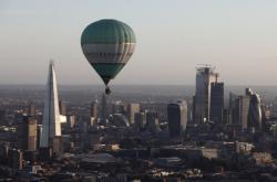 Balony nad Londýnem