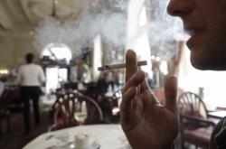 Rakouské kavárny budou od listopadu výhradně nekuřácké
