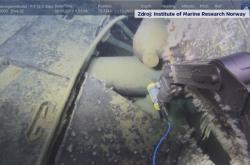 Robot norských výzkumníků u ponorky Komsomolec