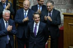 Kabinet Kyriakose Mitsotakise dostal důvěru