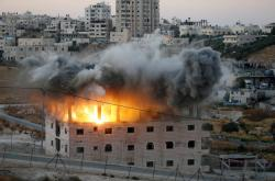 Izrael vyhazuje do vzduchu palestinský dům v obci Sur Baher u Jeruzaléma